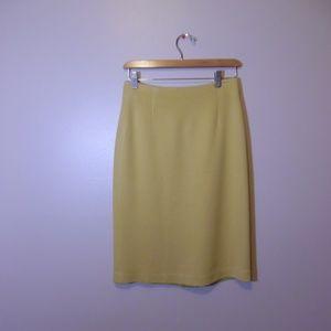 Suzelle Yellow Basic Skirt SIze 6